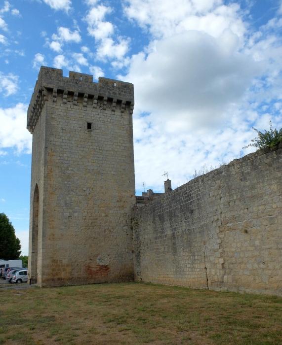 Porte et muraille Cadillaac