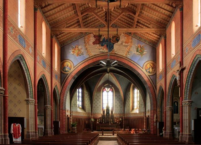 L'intérieur restauré de l'église Notre-Dame