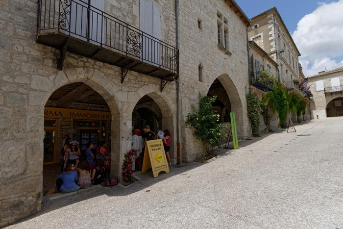 Place de Monflanquin