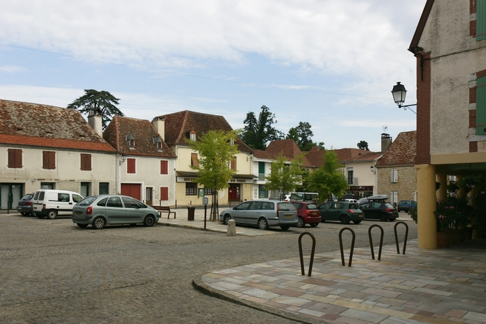 Place de Garlin