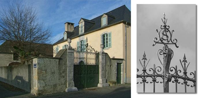 Maison et portail fer forgé, montage